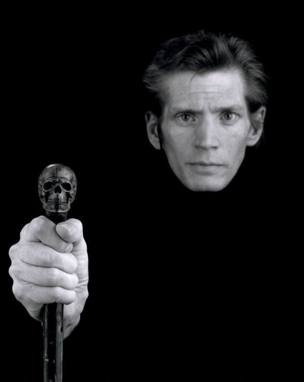 mapplethorpe self portrait  597x750 Autoportraits de photographes