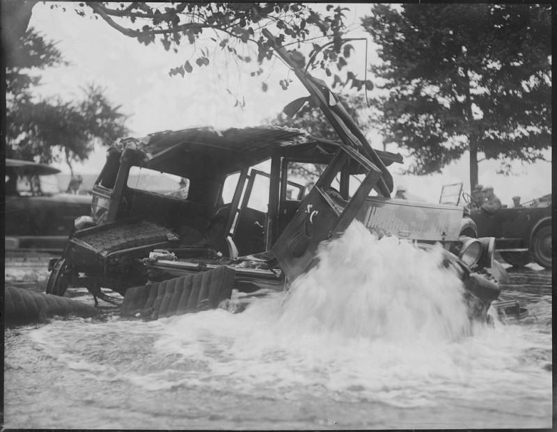 vintage-accident-voiture-18