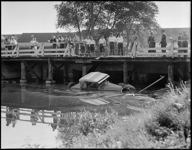 vintage-accident-voiture-21