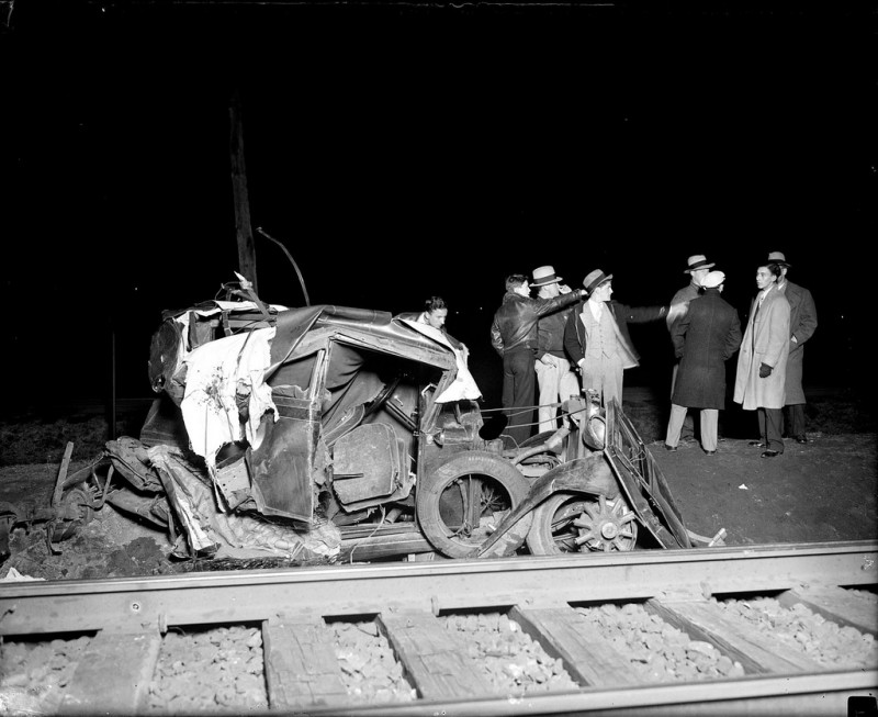 vintage-accident-voiture-3