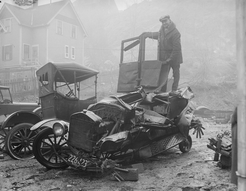 vintage-accident-voiture-35