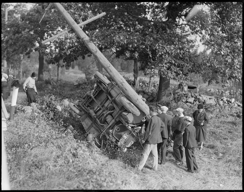 vintage-accident-voiture-41
