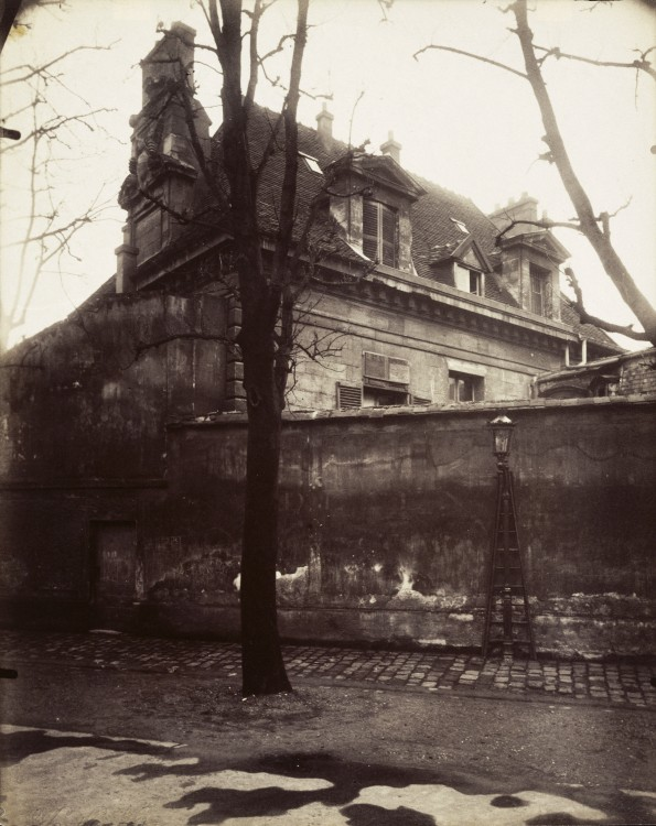 Atget Paris Ancien Couvent Avenue de lObservatoire 595x750 Le Paris de 1900 par Atget  photographie histoire art