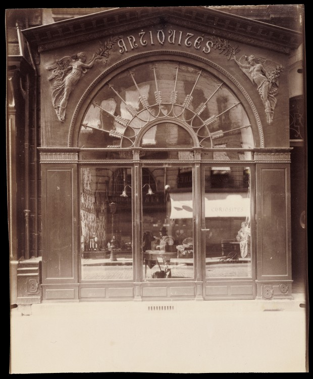 Atget-Paris-Antique-Store-Rue-du-Faubourg-Saint-Honor