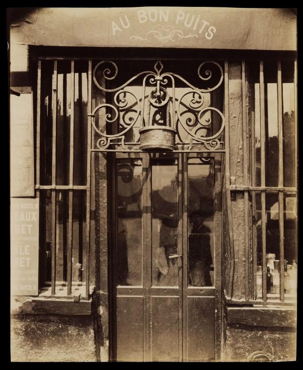 Atget Paris Au bon puits rue Michel Le Conte 615x750 Le Paris de 1900 par Atget  photographie histoire art