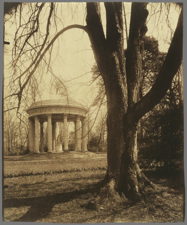 Atget-Paris-Petit-Trianon