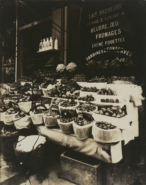 Atget-Paris-Rue-Sainte-Opportune