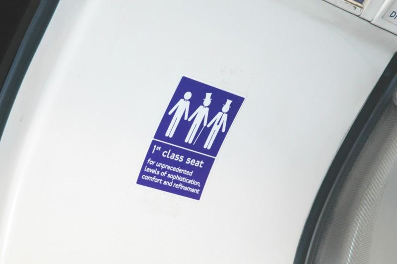 autocollant-sarcasme-metro-londres-31