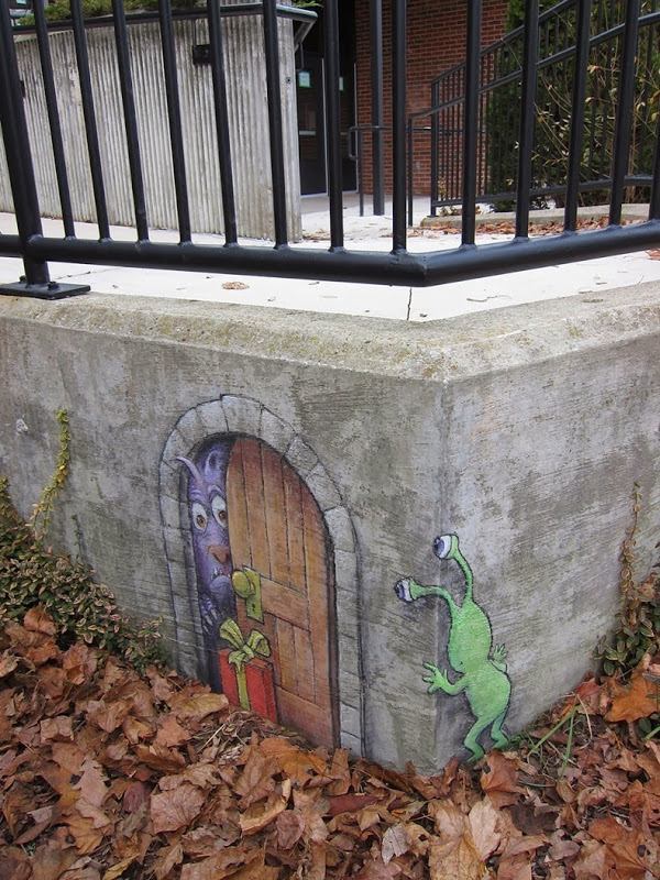 sluggo-rue-street-art-craie-03